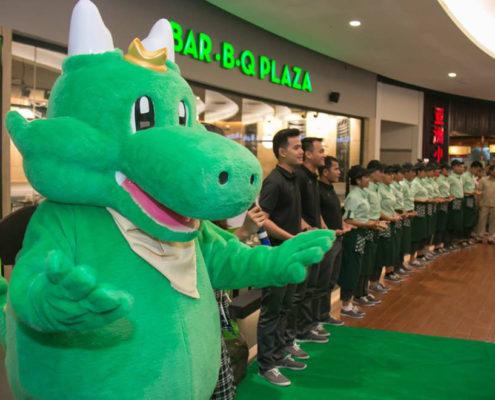 BAR-B-Q Plaza AEON Mall Mascot and Team
