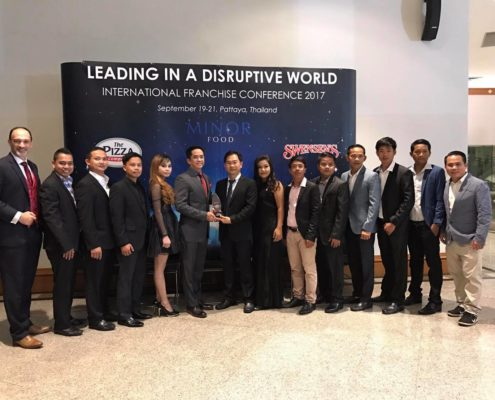 Swensen's Cambodia Awarded the High System Sale Growth of The Year Award 2016