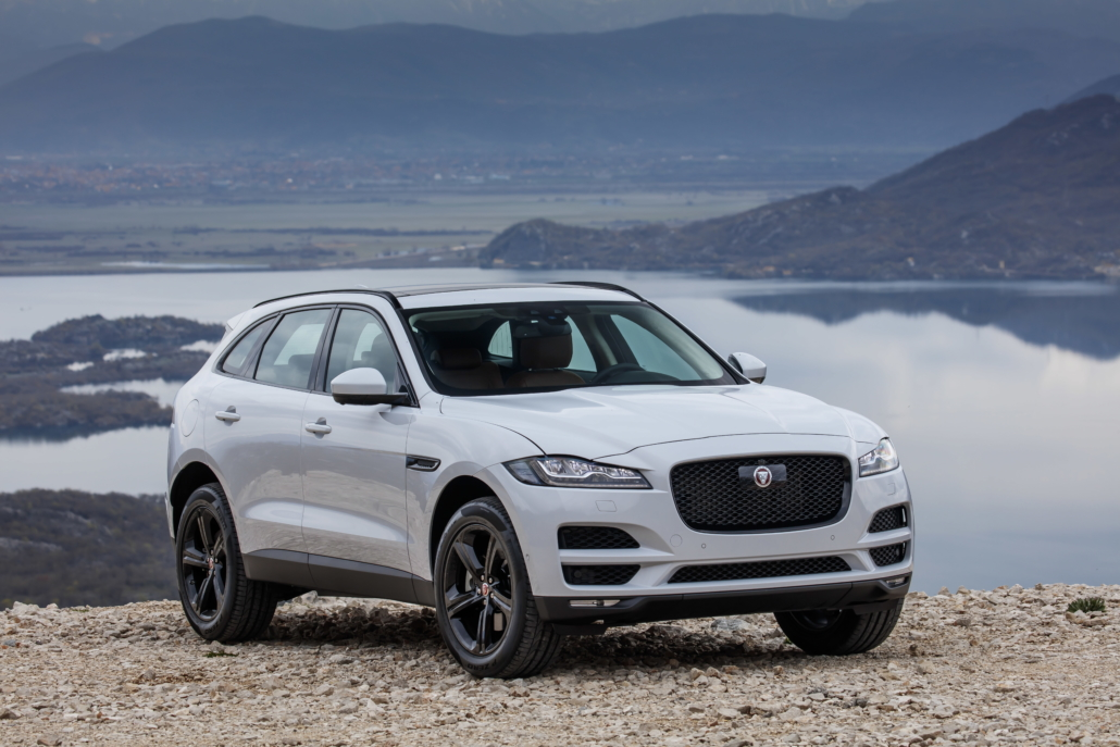jaguar f pace 19my new safety technology interior enhancements and 5 0 litre v8 supercharged. Black Bedroom Furniture Sets. Home Design Ideas